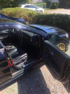 Mercedes stelplade placering i dørfals i passagerdøren foran